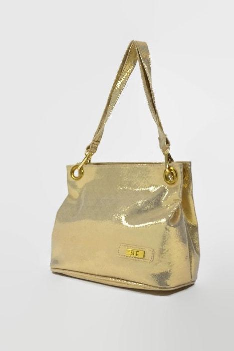 Złota torebka ze skóry