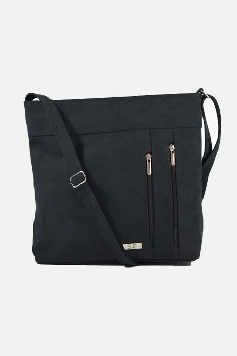 Klasyczna czarna torebka listonoszka
